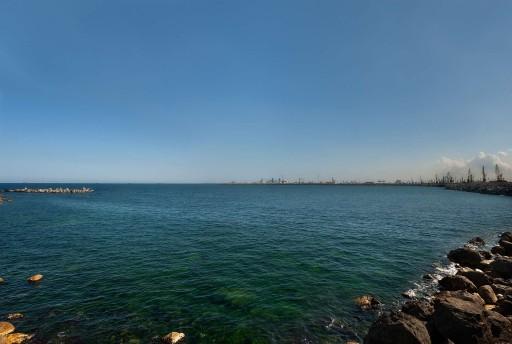(Manuel Moreno, Ovidio en Constanza) | El mar Negro desde el puerto de Constanza (Rumanía), 2011