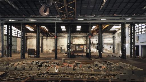 Nave de la Fábrica del Hielo acondicionada para empresa de construcciones metálicas (2012)