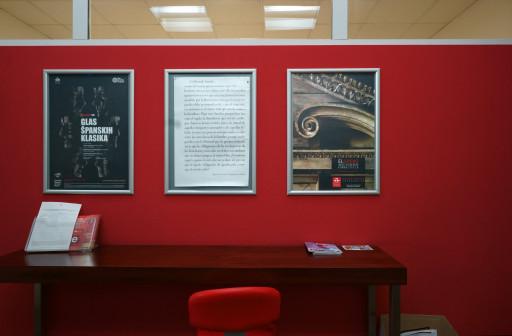 Cartel de la exposición en el Instituto Cervantes de Belgrado