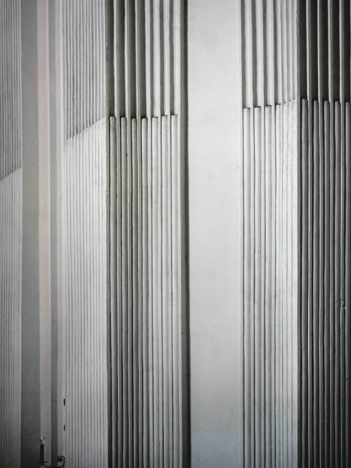 Toledo. Pilastras estriadas de la Iglesia del Hospital Tavera. 2007