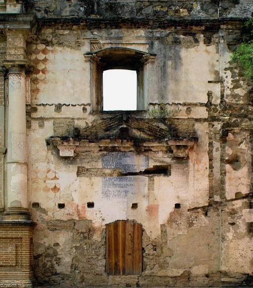 La Antigua. Guatemala. Iglesia de la Compañía. 2004