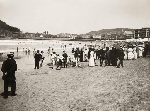 KURT HIELSCHER, 1914-19. La playa de San Sebastián. Vascongadas: San Sebastián
