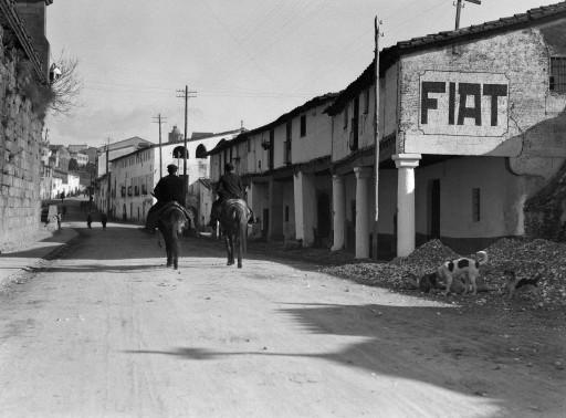 RUTH MATILDA ANDERSON, 1928. [distintas visitas 24/I - 1/II; 3-7/II; 9-11/II]. Calle llamada La Corredera Extremadura: Plasencia - Cáceres