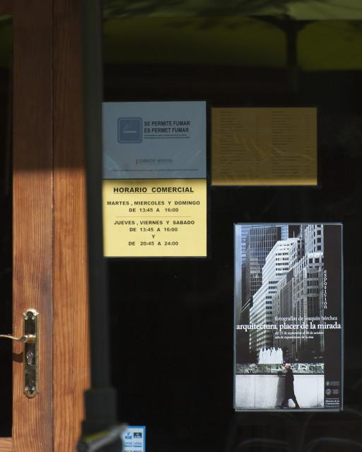 Cartel de la exposición en la Escuela Técnica Superior de Arquitectura de Valencia