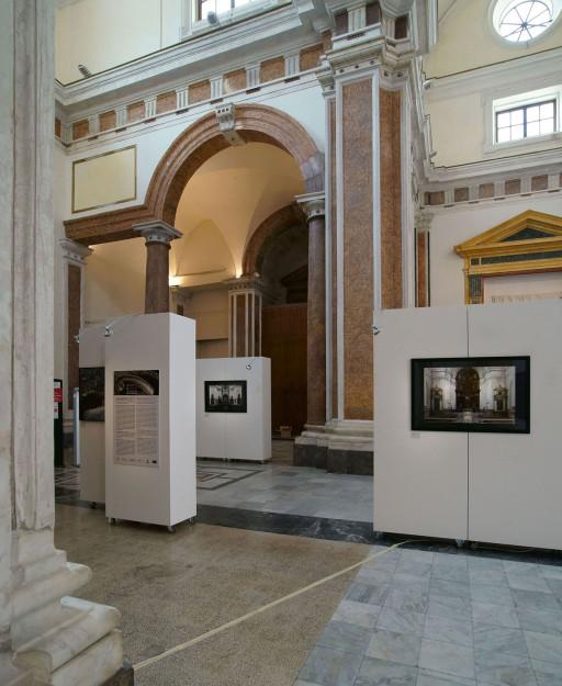 Sala de Exposiciones del Instituto Cervantes. Iglesia de Santa Eulalia de los Catalanes. Palermo. 2014