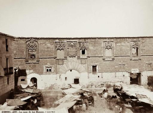 JEAN LAURENT, 1856-74. La Casa de los Momos. León: Zamora
